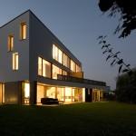 House in trnovo by Sreda, Studiorumena, foto-Damjan Svarc-11